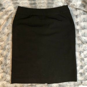 Ellen Tracy Size 4 Pencil Skirt Black Straight